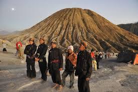 Paket Wisata Gunung Bromo 2 Hari 1 Malam